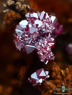 Cuprite after cleaning from Mine 50 (Lavrio; Greece)