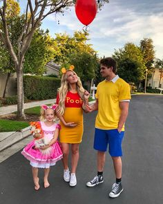 60 family halloween costumes the best family costume ideas 35 Disney Halloween, Pregnant Halloween Costumes, Pregnancy Costumes, Zombie Costumes, Halloween Couples, Group Halloween, Maternity Halloween Costume, Piglet Halloween Costume, Halloween Costumes For Babies