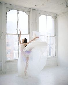 NYC  Making dresses & living my dreams   leannemarshalldesigns@gmail.com ️ @leannemarshall  leanne.marshall