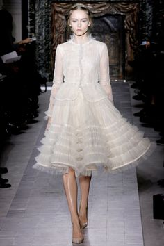 Valentino Spring 2013 Couture Fashion Show