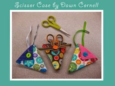Moda Bake Shop: Scissor Case this would make a fun quilt retreat gift Quilt Tutorials, Sewing Tutorials, Sewing Patterns, Quilting Projects, Sewing Projects, Diy Projects, Fabric Crafts, Sewing Crafts, Quilted Gifts