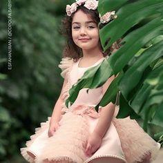 Cute Little Baby Girl, Beautiful Baby Girl, Beautiful Children, Cute Baby Boy Images, Baby Girl Pictures, Cute Asian Babies, Cute Babies, Cute Baby Girl Wallpaper, Stylish Dpz