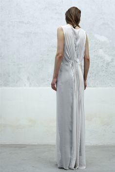 ILARIA NISTRI, SS13: beautiful beautiful pleats.