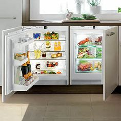 Basic Kitchen Area Concepts For Inside or Outside Kitchen areas – Outdoor Kitchen Designs Undercounter Refrigerator, Small Refrigerator, Basic Kitchen, New Kitchen, Kitchen Modern, Modern Refrigerators, Under Counter Fridge, Counter Tops, Latest House Designs