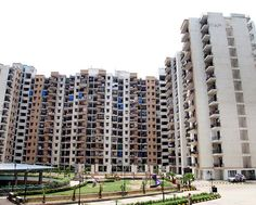 At Sector 75, Noida, Panchsheel Pratishtha offers a great mix of 2BHK and 3BHK apartments for home buyers in search of decent living options. The developer is right now offering the best price offer for these apartments in Noida.  https://sites.google.com/site/panchsheel1pratishtha/