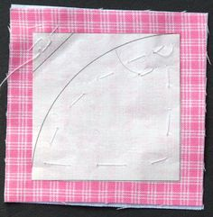 Print or trace the block diagram onto freezer paper and cut into four squares on the . Circle Quilt Patterns, Circle Quilts, Quilt Blocks, Block Diagram, Freezer Paper, Fabric, Scrappy Quilts, Tejido, Tela