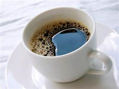 Drink up! Men who drank six cups of coffee or more a day had a 10 percent lower risk of dying; for women, it was 15 percent lower, according to a large new study. (photo: Trish Hamilton / FeaturePics.com)