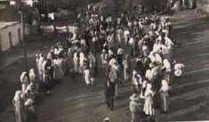 """Μέθανα 1939 """"Η φορεσιά των γυναικών χαρακτηριζότανε από την περίτεχνη κεντημένη ποδιά, την υφαντή μάλλινη μπόλκα και την άσπρη μαντήλα"""" Concert, Concerts"""