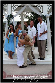#weddingpictures #weddingideas #brideandgroom