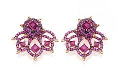 """Para quem busca jóias delicadas,  brinco """"Coração Disparado"""" feito de rubis é perfeito. Nova coleção de Carla Amorim"""