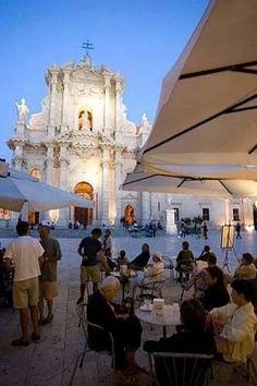 Siragusa del Duomo, Sicilia