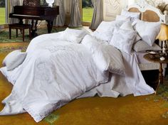 Looking for some new bedding supplies to make your sleep even more comfortable? We have daily discounts on pillows, sheet sets, quilt sets & throw blankets. King Size Quilt Covers, Quilt Cover Sets, Quilt Sets, White Bedding, Linen Bedding, Online Bedding Stores, Bedroom Accessories, Beautiful Bedrooms, Soft Furnishings