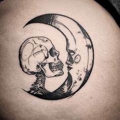 Moon Tattoo You'Ve Always Wanted - Crescent, Full, Moon Phases & More [2021 Guide] - Tattoo Stylist