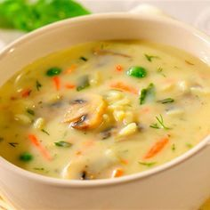 Jarzynkowa z pieczarkami / Vegetable soup with mushrooms Soup Recipes, Cooking Recipes, Healthy Recipes, Recipies, Polish Soup, Light Soups, Cheesy Potato Soup, College Meals, Czech Recipes