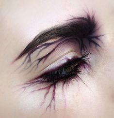 make up guide Cosplay or something idk what this would be good for but its so cool make up glitter;make up brushes guide;make up samples; make up brushes guide Edgy Makeup, Eye Makeup Art, Sfx Makeup, Cosplay Makeup, Makeup Goals, Costume Makeup, Makeup Inspo, Makeup Inspiration, Beauty Makeup