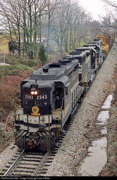 RailPictures.Net Photo: SOU 2543 Norfolk Southern EMD GP30 at Veechdale, Kentucky by Joe Vittitoe