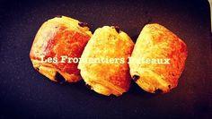 Mini-pains au chocolat 🍫 Les Fromentiers Puteaux. Mini-chocolate 🍫 croissants 🥐 Les Fromentiers Puteaux. Mini Pains, Croissants, Baked Potato, Potatoes, Baking, Ethnic Recipes, Food, Pain Au Chocolat, Crescents