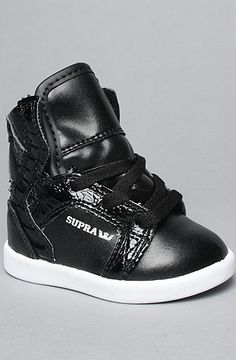 These are the absolute cutest kids sneakers. Edison needs these to wear with a hot pink tutu! $38