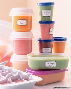 14 Easy Homemade Baby Food Recipes You Have to Try! my baby Baby food recipes Favorite baby saying :) Homemade Baby Food Toddler Meals, Kids Meals, Toddler Food, Martha Stewart, Baby Food Recipes, Great Recipes, Baby Eating, Homemade Baby Foods, Baby Led Weaning