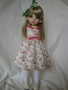 This dress outfit is made to be a perfect fit for Talyssa or Mei Mei Wiggs 16 MSD BJD. This set includes the dress and hair ribbon.    The
