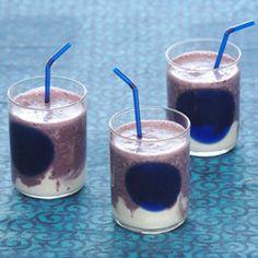 Vanilla Yogurt and Blueberry Smoothie. Diet Smoothie Recipes, Smoothie Drinks, Smoothie Diet, Healthy Salad Recipes, Healthy Foods To Eat, Healthy Smoothies, Healthy Drinks, Diet Recipes, Healthy Life