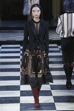 Bora Aksu Ready To Wear Fall Winter 2016 London