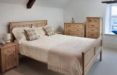 Galway Solid Oak Funiture Range Oak Bedroom Furniture | Oak Furniture Land |  www.oakfurnitureland.co.uk