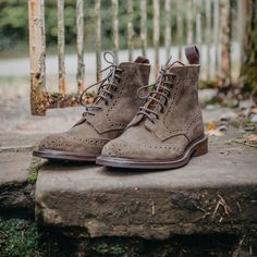 Tricker's Stow in earth suede is new for Stylish khaki green country boot with brogue detail and a durable Dainite sole. Trickers Shoes, Country Boots, Shoe Horn, Shoe Tree, Khaki Green, Quilted Jacket, Types Of Shoes, Brogues, New Shoes