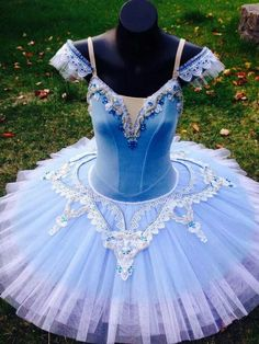 The Dancer's Secret tutu lovely in blue. Dance Costumes Ballet, Tutu Ballet, Ballerina Costume, Tutu Costumes, Ballet Dance, Circus Outfits, Dance Outfits, Ballet Shows, Blue Tutu