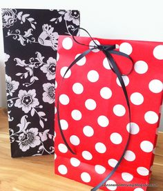 Just One Mom Trying: DIY: Gift Bags from Wrapping Paper