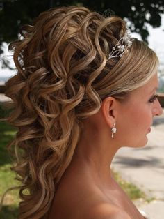 Curly up do for weddings