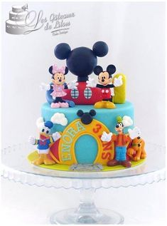 Gateau Theme Mickey, Mickey Mouse Theme Party, Fiesta Mickey Mouse, Minnie Mouse Birthday Cakes, Mickey Mouse Clubhouse Birthday Party, Mickey Cakes, Mickey Mouse Cake, Cake Table Birthday, Birthday Party Desserts