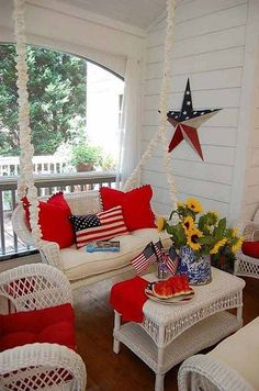 The 4th of July is a pretty fun holiday and a great time to decorate your home to show your patriotic spirit. Creating 4th of July house decorations should be easy… all you really need is a lot of red, white, and blue stuff. Here wehave gathered a slew of fun and easy 4th of […]