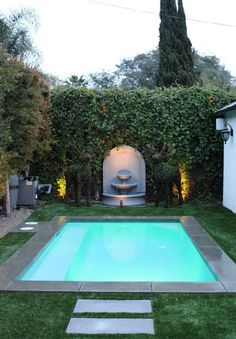 Check out these awesome small swimming pool ideas fpor tiny backyard below for your ultimate reference! Pick the best pool that you really love now! Small Swimming Pools, Small Pools, Swimming Pools Backyard, Swimming Pool Designs, Lap Pools, Indoor Pools, Small Backyard Design, Small Backyard Landscaping, Backyard Ideas