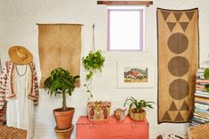 Mediterranean homes – Mediterranean Home Decor Asian Home Decor, Mediterranean Home Decor, Money Trees, New York, Plant Shelves, Tuscan Style, Modern Bohemian, Boho Chic, Plant Decor