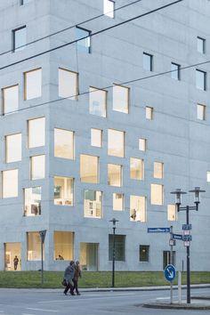 SANAA . Zollverein School of Management and Design .  Essen Photo Laurian Ghinitoiu