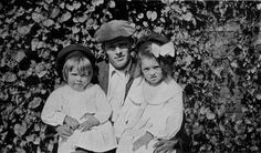 Jack London with daughters Bess (left) and Joan (right) in 1921