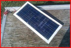 Solar Energy Positives And Negatives. Deciding to go eco-friendly by converting to solar powered energy is without a doubt a good one. Solar energy is now becoming viewed as a solution to the planets electricity requirements. Solar Panel Kits, Solar Energy Panels, Best Solar Panels, Solar Panel System, Solar Energy System, Solar Panel Technology, Solar Roof Tiles, Solar Projects, Diy Projects