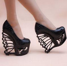 Gender:Women Item Type:Pumps Shoe Width:Medium(B,M) Brand Name:RIGOAL Process:Adhesive Season:Spring/Autumn Platform Height: 5-7cm With Platforms:Yes Closure Type:Slip-On Toe Shape:Round Toe is_handma