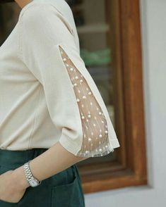New sewing clothes refashion inspiration lace Ideas Fashion Details, Diy Fashion, Ideias Fashion, Fashion Outfits, Fashion Women, Trendy Fashion, Woman Outfits, Petite Fashion, Dress Fashion