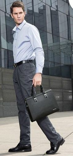 Professional Stylish Man With Black Modern Classic Briefcase - Side View Work Fashion, Fashion Bags, Mens Fashion, Side Bags For Men, Stylish Man, Briefcase For Men, Side View, Modern Classic, Laptop Bag