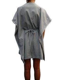 Kimono,abito in felpa double face, 79€ qui --->http://www.ilovegattacicova.it/2012/10/gattacicovasolo-on-line/