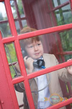Red head in a red phone booth   ©Asea Tremp Photography 2014