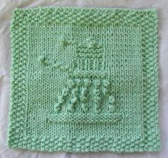 Knit up a quick, easy dishcloth or washcloth with a Dalek design. The squares can also be used for any sort of knitted patchwork - bags, blankets, etc. Or the central Dalek motif can easily be transferred to any patten with a plain stockinette background. Dishcloth Knitting Patterns, Crochet Dishcloths, Knit Or Crochet, Knit Patterns, Free Knitting, Fun Patterns, Finger Knitting, Crochet Things, Knitting Charts