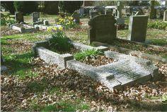 titanic+grave+holy+trinity+ch+weston+mr+%26+mrs+clarke.jpg (1196×807)