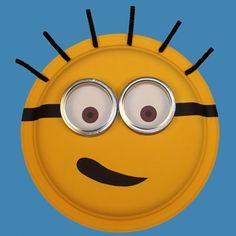 Masque de Minion Minions, Minion Hats, Apple School, Red Apple, Make It Simple, Youtube, Birthday, How To Make, Crafts