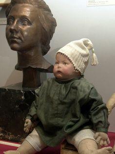 Early K. Kruse doll I Froschhand