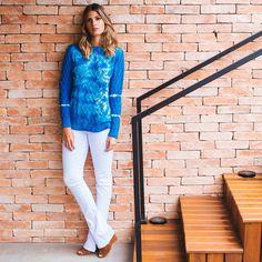 Visual simples e confortável, Anna Fasano veste Linda de Morrer.