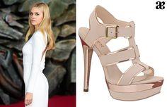 El estilo de la guapa actriz teen #Nicola Peltz va perfecto con unas sandalias altas de color #nude. #RedCarpet #transformers