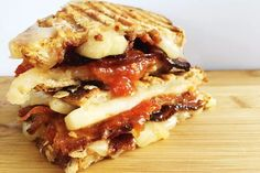 Breakfast, Lunch or Dinner - Here's Our Best Grilled Cheese Sandwich Recipes: Bacon Grilled Cheese with Easy Homemade Tomato Jam Grilled Cheese With Tomato, Best Grilled Cheese, Best Cheese, Grilled Cheeses, Grill Cheese Sandwich Recipes, Cheese Ball Recipes, Grilled Sandwich, Bacon Sandwiches, Cheese Burger